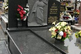 nagrobki-i-pomniki-pracownia-rzezbiarsko-kamieniarska-bazalt-waclaw-jezyna-001